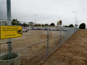 Cinkuota segmentų tvora
