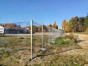 Metalinė tvora_segmentinė
