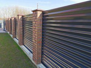 Storesnės skardos žaliuzinė tvora